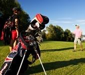 Das Foto zeigt eine Golftasche